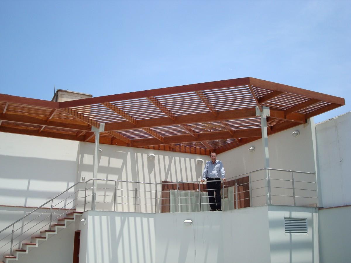 Techos de madera sol y sombra policarbonato 39 a os - Tragaluces para tejados ...