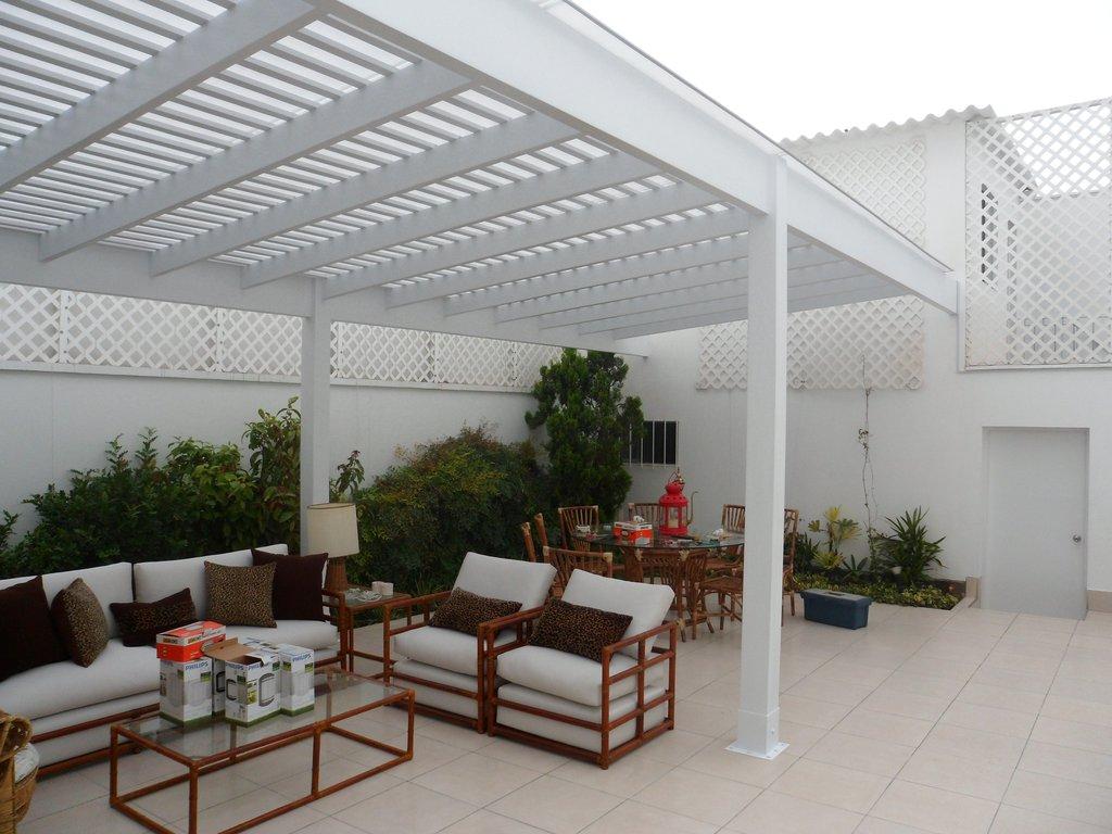 Sol y sombra techos de madera sol y sombra policarbonato - Estructuras de aluminio para terrazas ...